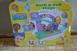 Bubble Guppies Rock N Roll Stage - New in Box