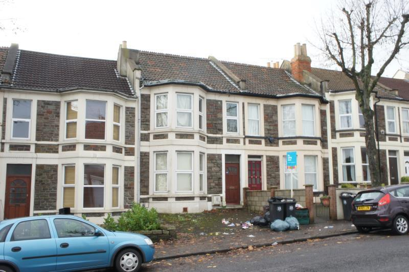 6 Bedroom House In Muller Road Horfield Bristol Bs7 0aa
