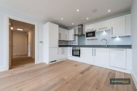 ***A BRAND NEW TWO DOUBLE BEDROOM**TWO BATHROOM***OPEN PLAN KITCHEN FLAT** WITH A PRIVATE BALCONY**