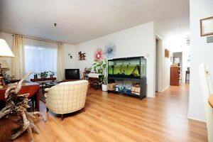 LARGE 2 BEDROOM – WITH HEAT & HOT WATER INCLUDED!!!