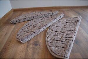 Gradini per scale anti scivolo moquette delle interno - Moquette per scale ...