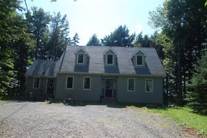 3BDRM House for rent on Grand lake