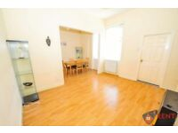 2 bedroom flat in Watt Street, Gateshead, NE8