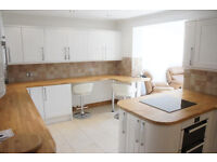 Modern 2 bedroom flat in Ilford dss accepted with guarantor
