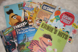 Collection of 7 Vintage SESAME STREET Records from the 70s - LPs