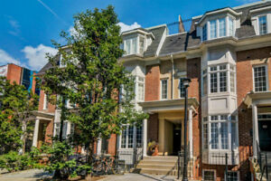 For Rent - Townhouse - King St. West & Portland St.