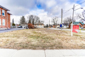 Rarely Offered Downtown Lot!