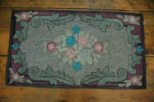 Beautiful, vintage NS-handcrafted floral-design rug