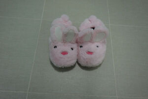 Stride Rite Slippers Size 11/12