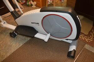 Kettler Rivo P Elliptical Crosstrainer Kitchener / Waterloo Kitchener Area image 3