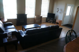 6 BR 2 KITCHEN Thickwood Staff House  - Available Now!