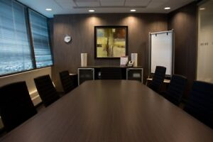 OUSTANDING MEETING ROOMS FOR YOU BUSINESS!