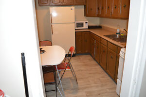 2 bed Basement Apartment off Whyte ave Utils Included