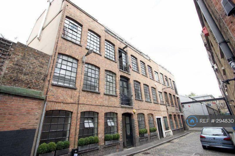 3 bedroom flat in Cottons Gardens, London, E2