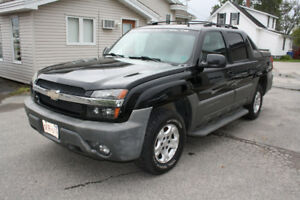 2002 Chevrolet Avalanche, Leather, Sunroof