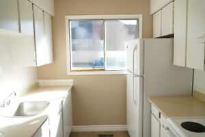 Riverbend 2 bed townhouse, First month free! Walk to daycare Edmonton Edmonton Area image 4