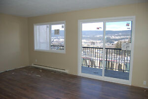 4 Bdr Townhouse in Family Friendly Complex