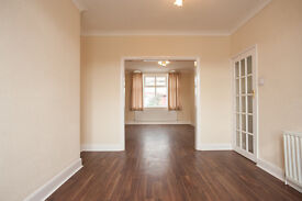 3 bedroom house in SOUTHLAND WAY, ISLEWORTH