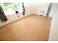 ONE BEDROOM FLAT WITH GARAGE CLOSE TO MOTORWAY / ROLLS ROYCE / AIRBUS / GKN