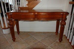 Table d'entrée antique en bois massif
