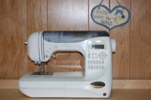 BABYLOCK SEWING MACHINE - BLDC -EXCELLENT CONDITION