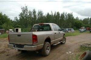 10 to 200.00 parting out a 2004 dodge ram 4x4 all parts