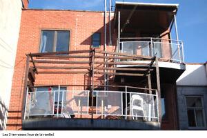 Sur 2 étages! 3 ch + 2 sdb - Grande Terrasse - Chauffage inclus!