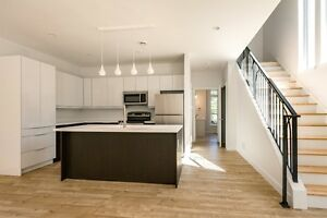 **WOLFVILLE **BEAUTIFUL EXECUTIVE SEMI DETACHED HOMES