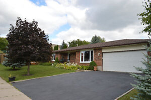 Ranch Style Bungalow in Guelph's West End!! Cambridge Kitchener Area image 1