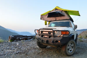 2010 toyota FJ cruiser + warranty