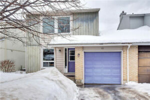 Lovely 3 Bedroom, 2.5 Bath semi-detached home in Barrhaven with