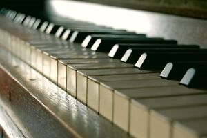 PIANO, VOICE, VIOLIN and GUITAR LESSONS