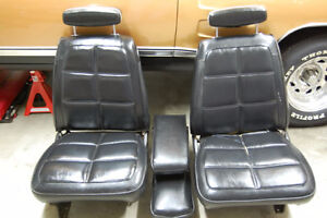 Wanted to buy or trade for 1969 Dodge B body bucket seats