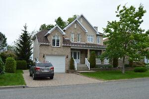 Cottage - Maison sur 2 étages à Lévis, Rive-sud de Québec