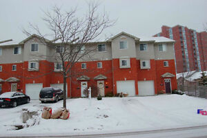 UWO Student Houses for rent, 4-5 Bedrooms, May 1 or Sept.1