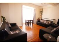 4 bedroom flat in Dorset House Gloucester Place, Marylebone, NW1