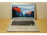 Lovely Apple Macbook Air 13inch/ Early 2014 / BOXED