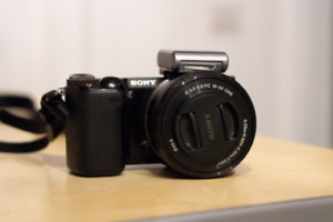Sony NEX-5T + 16-50mm Lens and Flash - Excellent Condition