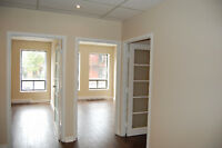 COMMERCIAL ON ST-LAURENT MILE-END 1000PC – 1700$/month all INC!!
