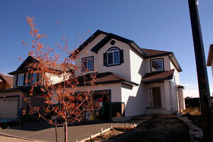 NEW SINGLE FAMILY W/ DOUBLE-ATTACHED GARAGE ON FULL LOT- 380K!!!
