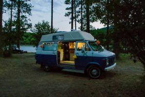 Chevrolet G20 Camper van- fully equipped