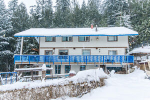 5971 71 Avenue, NE Salmon Arm - Large Family Home on Private Lot