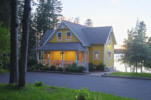 Waterfront Home in Rexton