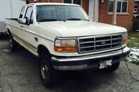 1997 Ford F-250 XLT WITH POWERSTROKE TURBO DIESEL Pickup Truck