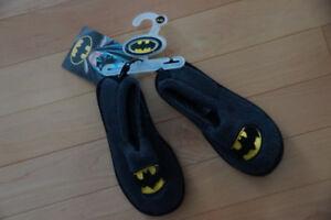 Batman slippers - Size 9-10