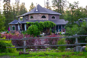 Executive home on 10 acres for rent