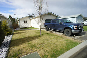 One Level Living in Quiet Pineview Community