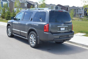 2010 Infinity QX56 by owner