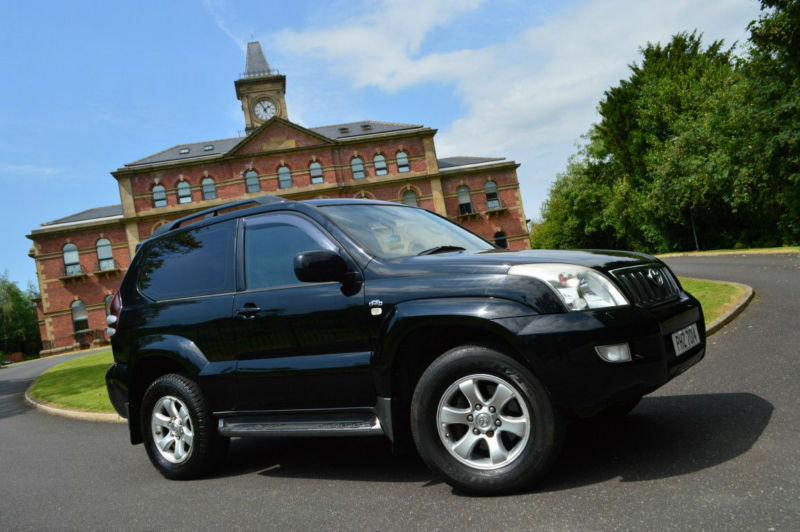 2004 toyota land cruiser 3 0 d 4d lc3 rare 3 door version. Black Bedroom Furniture Sets. Home Design Ideas