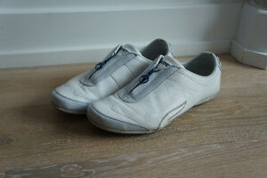 Lacoste white leather great condition women's summer sneaker